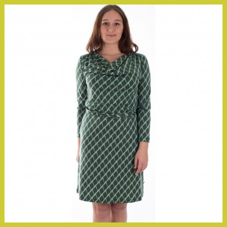 froy-and-dind-dress-milena-mountains
